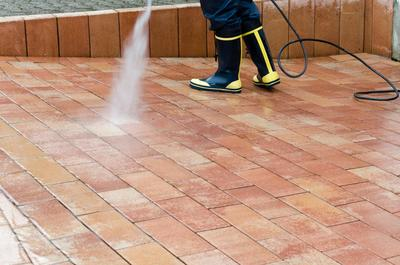 Soft power washing